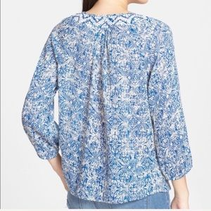 Lucky Brand Blue & Cream Patterned Peasant Top